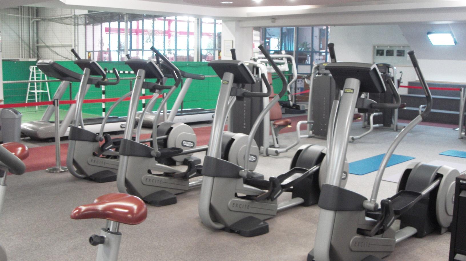 Fitness Halle 4